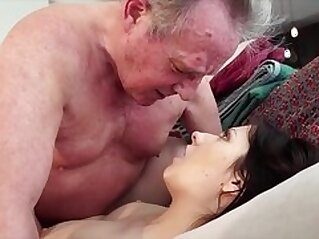 jav  pussy  ,  swallow  ,  young   porn movies