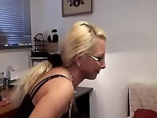 jav  huge asses  ,  mom  ,  mommy   porn movies